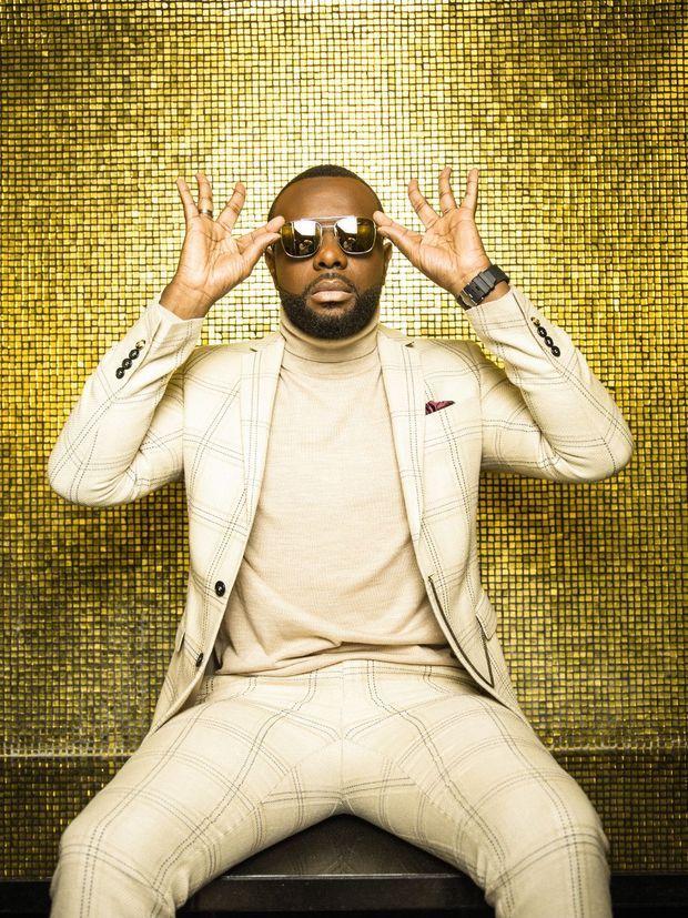 «SAPÉS COMME JAMAIS» De cette passion, il a fait une chanson et un succès. Le clip cumule plus de 480 millions de vues sur YouTube.