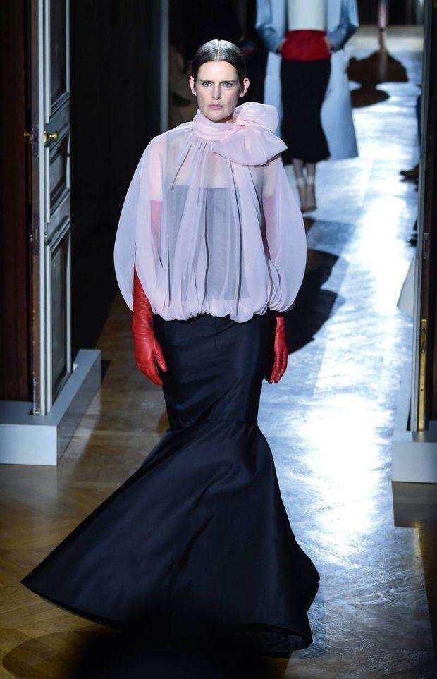 Son dernier défilé pour Valentino haute couture printemps-été 2020, le 22 janvier à Paris.