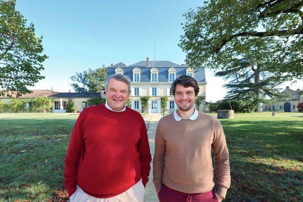 Les propriétaires Xavier Planty et son fils Luc, deux pionniers de la permaculture à Bordeaux.
