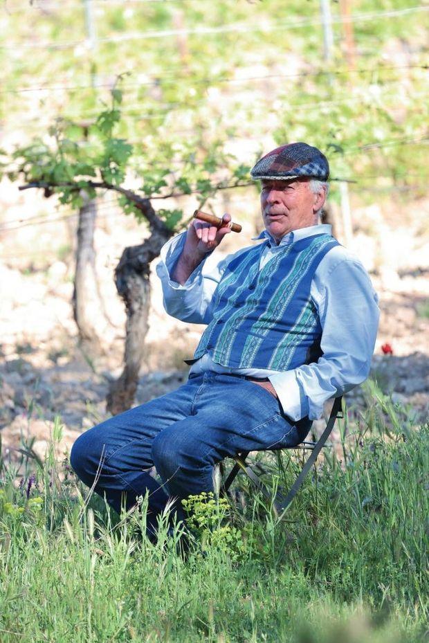 Éloi Dürrbach sait jouir de l'instant présent dans son paradis provençal !