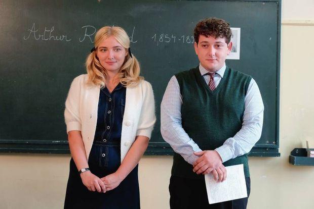 Annick, la bonne élève, et Pichon, le bouc émissaire de la classe.