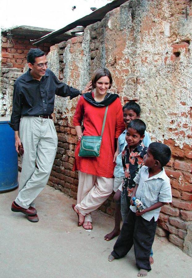En Inde, où se tiennent la plupart des expérimentations sur la lutte contre la pauvreté menée par J-PAL, le laboratoire créé par le couple en 2003.
