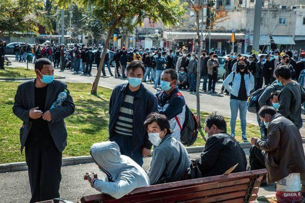 A Jaffa, les immigrés et les étrangers sans couverture sociale font désormais partie du programme de vaccination.