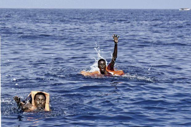 Repêchés par chance, celle d'avoir rencontré le bateau de l'ONG espagnole.