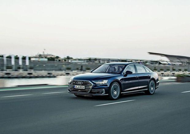 SC_Audi_A8_1