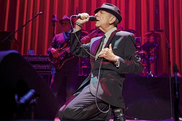 Grande-Bretagne, septembre 2013. A 79 ans, sur la scène de l'Arena de Leeds, pendant sa tournée mondiale.