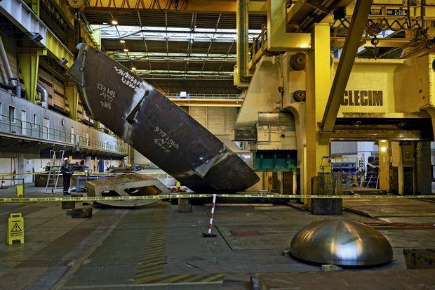 Capable de presser 12 000 tonnes de tôle, la machine Clecim a été conçue il y a 30 ans par un fabricant de laminoirs