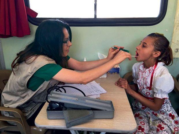 Dans le bus des femmes et des enfants en Irak.