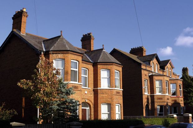 Maisons bourgeoises dans le quartier résidentiel de l'université.