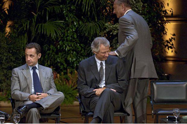 Entre Nicolas Sarkozy et Dominique de Villepin, le cœur de Chirac ne balance pas. En 2005, le premier règne à l'Intérieur, le second est chef du gouvernement.