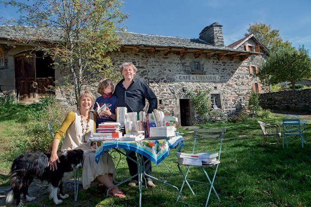 Bruno et Tania Café-librairie à Roiron. « Un acte militant »