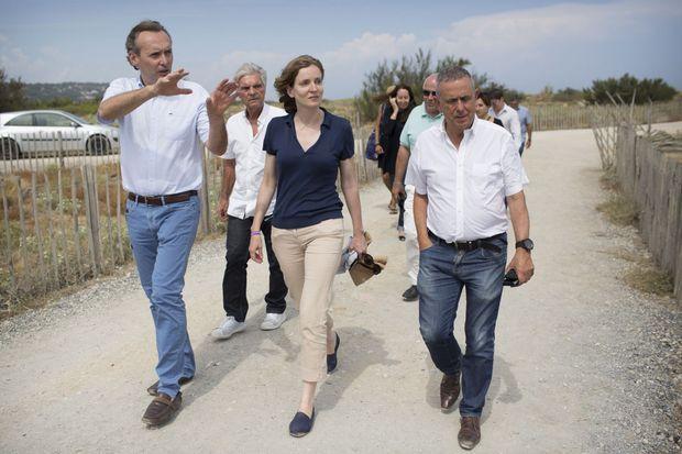 Le 17 août, Nathalie Kosciusko-Morizet, entourée de Michel Py (à g.), maire de Leucate et de Jean-Luc Roux, délégué LR.