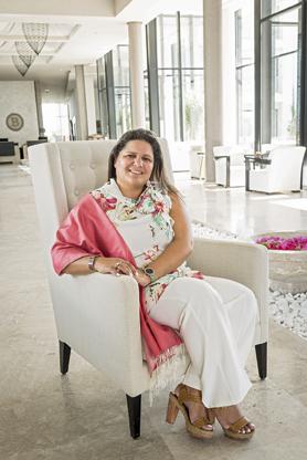 Mouna Ben Halima a ouvert La Badira, premier hôtel de luxe de Hammamet, fin 2014. Quelques mois plus tard avaient lieu les attentats du Bardo et de Sousse. Depuis l'été dernier, les Français font leur retour et les récentes manifestations n'ont pas engendré d'annulation.