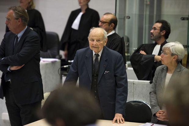 Jacques Servier, fondateur et ancien P-DG des Laboratoires Servier. La société emploie aujourd'hui 22 000 salariés dans le monde, dont 5 000 en France.