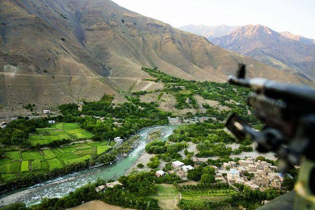 A 2 000 mètres d'altitude, l'irréductible vallée du Panchir. Ni les Russes ni les talibans n'ont réussi à la conquérir.