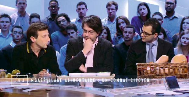 Avec Mathieu Kassovitz et Nicolas Chabanne sur le plateau de Canal + le 19 janvier 2015.