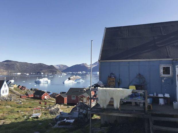 Kullorsuaq, dix degrés séparent ces deux photos, prises à sept ans d'écart.