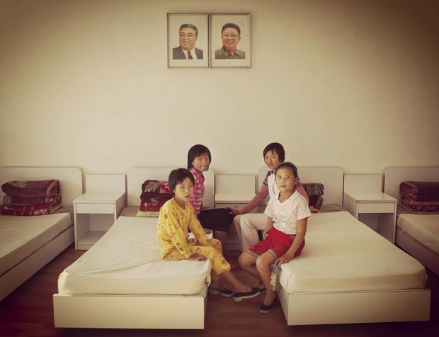 Un camp de vacances pour enfants… sages et sérieux.