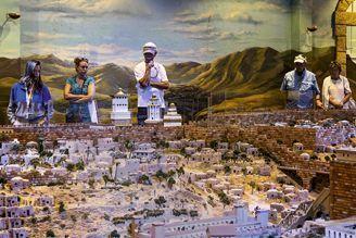 La maquette géante de Jérusalem a exigé deux ans de travail.