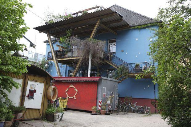 Dans le quartier Vauban, les styles cohabitent dans la tolérance, et les hippies ont droit de cité