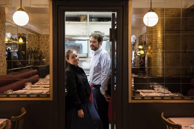 Pour Elodie et Jean-François, la vie est une partition qui se joue à quatre mains. A lui la cuisine, à elle tout le reste.