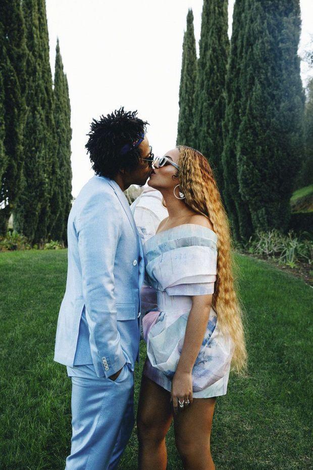 Unis depuis 2008, ils ont fêté leurs 10 ans de mariage avec un album à deux voix, «Everything Is Love», écoulé à plus de 500000 exemplaires.
