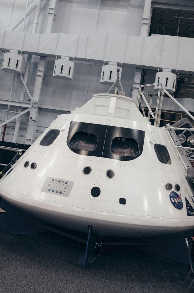 La capsule habitable du vaisseau spatial Orion, de 5 mètres de diamètre et 3 mètres de hauteur. Quatre astronautes y logeraient durant le trajet pour Mars.