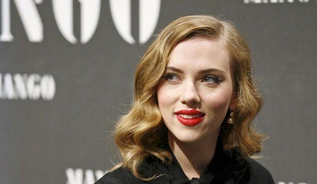 Scarlett Johansson Mango-