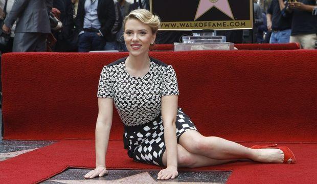 Scarlett Johansson Walk of Fame (5)-