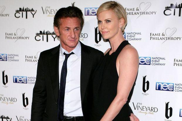 Sean Penn et Charlize Theron au Fame and Philanthropy Post-Oscar Gala, en mars dernier.