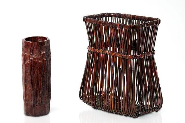 SENJYŌ KAKEHANAKAGO Vases muraux de Iizuka Rōkansai.