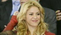 Shakira-dans-les-tribunes-pour-soutenir-Gerard-Pique_scan_photo-