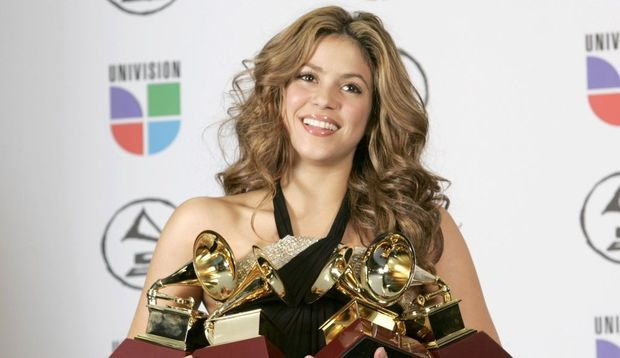 shakira-grammy-awards-
