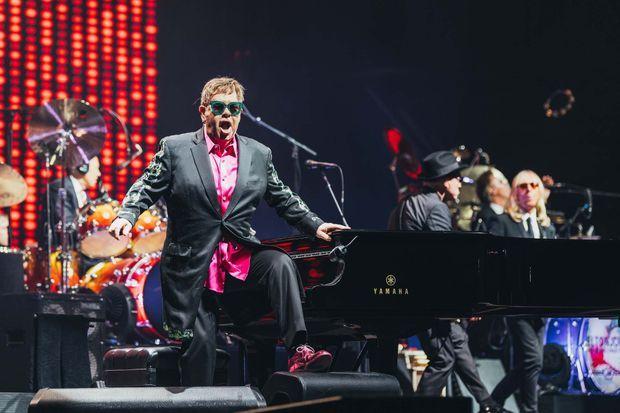 Elton John est toujours un showman.