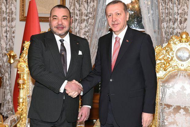 Le roi Mohammed VI du Maroc et le président de la Turquie Recep Tayyip Erdogan