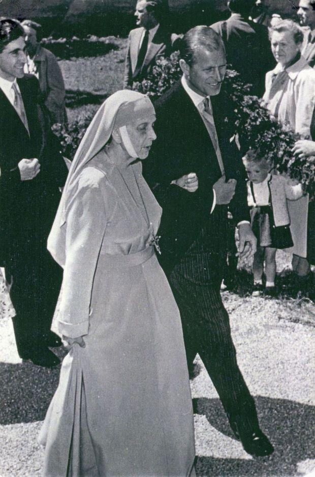 Le prince Philip et sa mère la princesse Alice de Grèce, dans les années 1960
