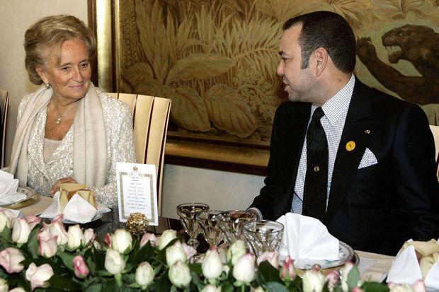 Le roi Mohammed VI du Maroc avec Bernadette Chirac à Rabat, le 16 novembre 2005