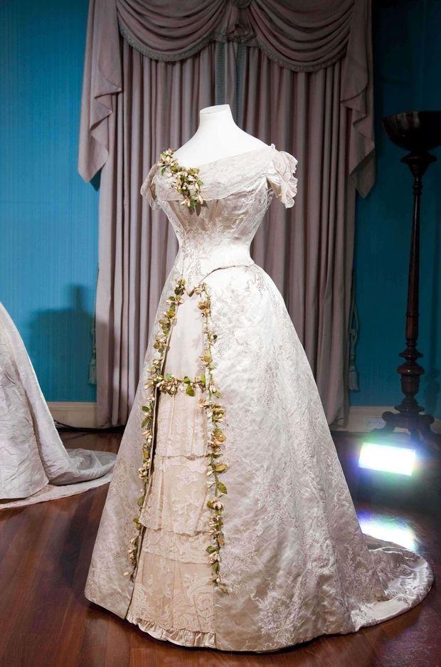 La robe de mariée de la princesse Mary de Teck. Photo diffusée en avril 2011, avant le mariage du prince William et de Kate Middleton