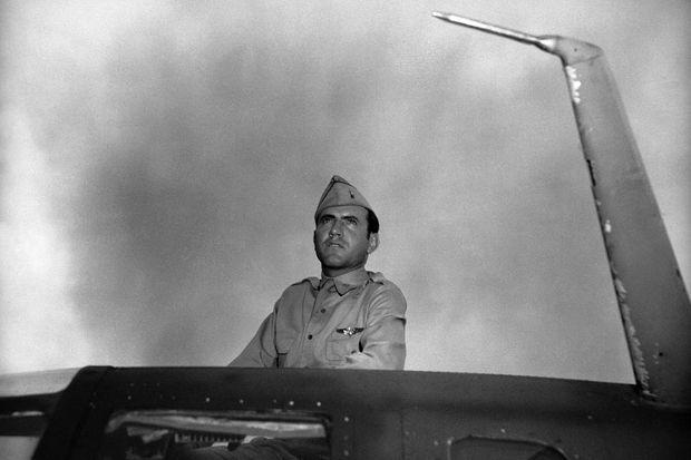 Louis Zamperini, bombardier de l'armée de l'air américaine.