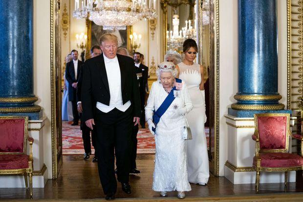 La reine Elizabeth II avec Donald et Melania Trump à Londres, le 3 juin 2019