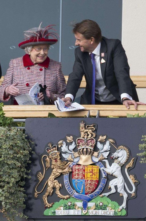 La reine Elizabeth II sur l'hippodrome d'Ascot, le 15 octobre 2016