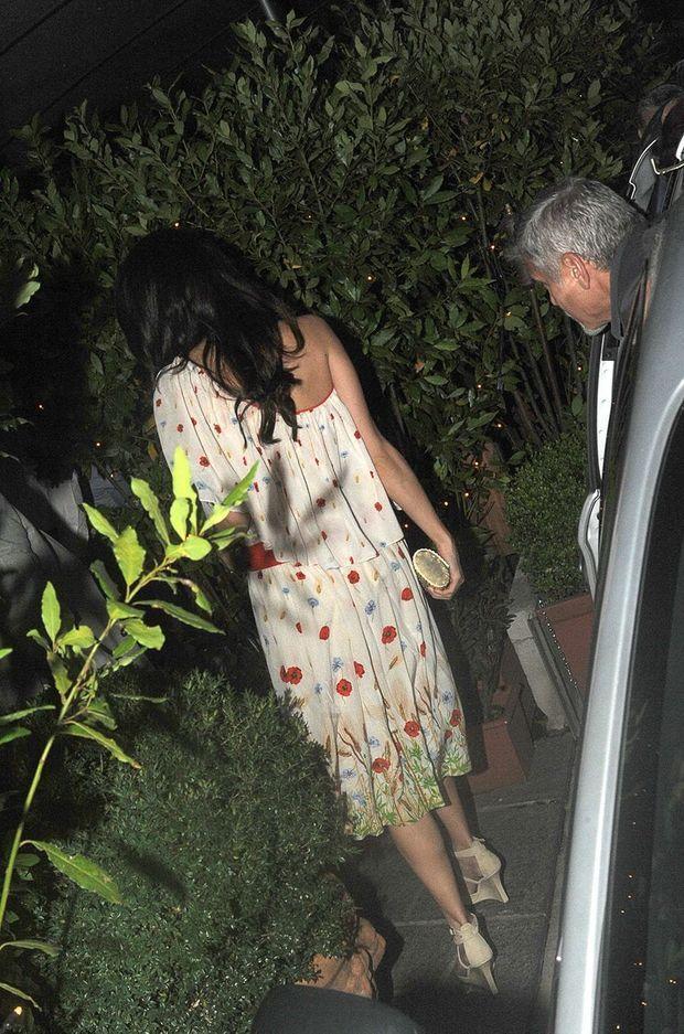George et Amal Clooney au restaurant, le 11 juillet 2017.