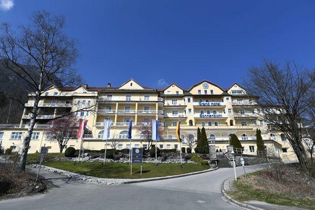 LE GRAND HOTEL SONNENBICHL DE GARMISCH-PARTENKIRCHEN, écrin d'un splendide isolement.