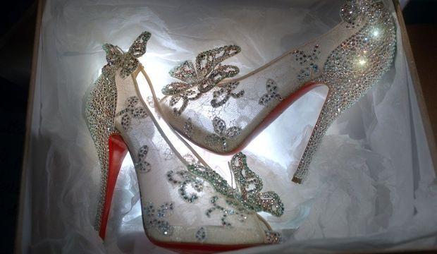 souliers de cendrillon louboutin-