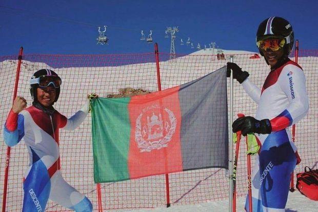 Souvenir de Saint-Moritz, en Suisse, en février 2017. Sajjad Husaini et son ami Alishah, fondateurs du Bamyan Ski Club, pendant les épreuves de sélection pour les JO de 2018 en Corée du Sud.
