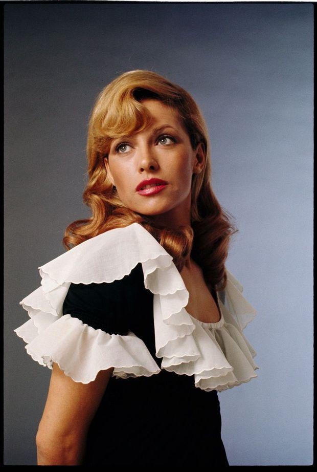 « Star » mais seulement le temps d'une photo. Nathalie Delon à 31 ans.