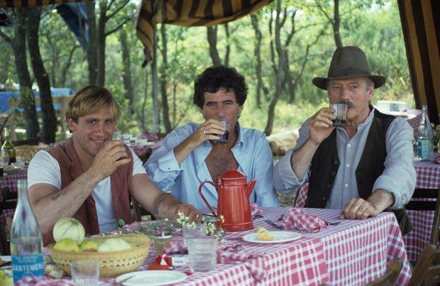 Sur le tournage de « Jean de Florette » avec Gérard Depardieu et Yves Montand en 1985.