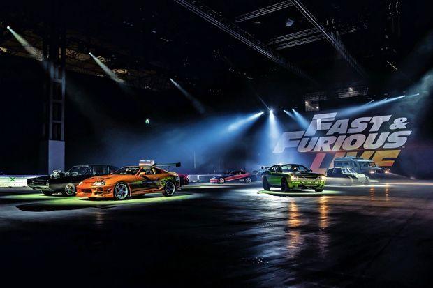 Sur les 42 voitures du show, 9 ont été utilisées pour les tournages de la saga.