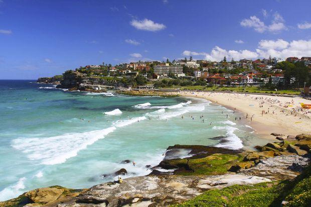 Sydney_Bronte-Beach