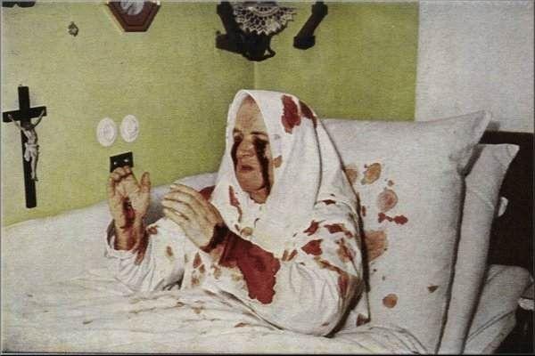 Thérèse Neumann et ses larmes de sang.